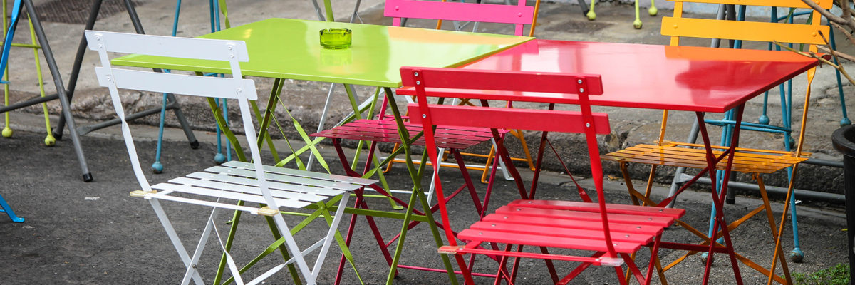 IMG_0986_chaises_couleurs